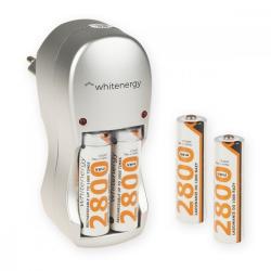 Whitenergy Ładowarka do Akumulatorów 4xAA/AAA 230V 4xAA 2800mAh Ni-Mh